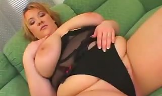 Fantastic Chubby Blonde Cougar